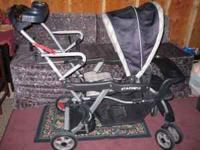 Sit n stand stroller in good condition. From a smoke