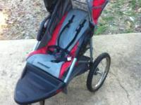 Baby Trend Expedition jogging stroller in good