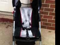 Baby Trend summer stroller, in very good shape, clean,