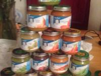 Selling 16 containers of infant food (squash, bananas,