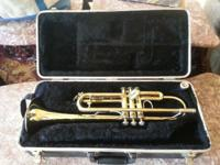 Trumpet Bach 300 Series with 7C mouth piece with 7C