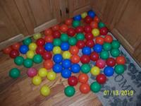 Bag of 70 plus play spheres If interested, please