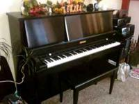 Baldwin Hamilton Black Upright Studio Piano. Looks