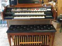 This organ has it ALL! Full AGO with 2 61 note