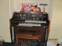 Beautiful Baldwin Organ in excellent condition. All