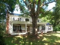 Exquisite Powhatan Virginia horse farm for sale on 28