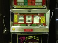 Bally Slot Machine / older Pioneer casino slot-works