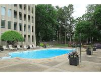 Very nice Condo Unit move in ready. The property
