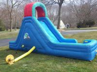This water slide is in excellent condition. Comes with