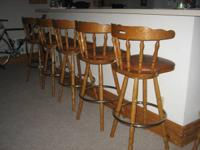 6 Solid Oak Swivel with  Seat Back   Bars Stools   For