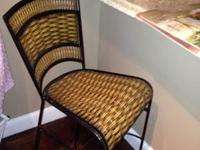 Like new set of 3 bar stool style chairs. Ideal for any