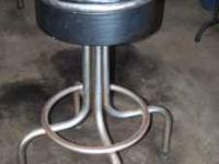 I have available 5 bar stools in all....4 are black and
