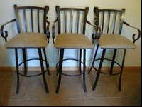 Downsizing must sell no longer need, 3 barstools chair