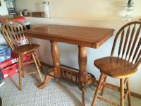 Type:FurnitureType:Bar TableHigh Bar table I think it
