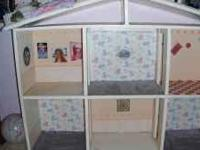 [Must GO now] Girls doll house, hand made, ready to be
