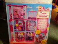 Barbie Town House like new, with elevator
