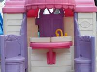 BARBIE PLAYHOUSE: *Pink and White. *The front of the