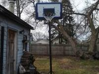 I HAVE A NICE BASKETBALL HOOP THAT I WOULD LIKE TO SELL