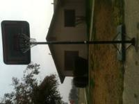 Lifetime ajustable basket ball hoop. Must go. Call only
