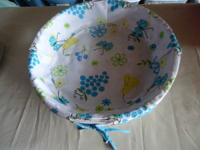 Round basket $3.00  Laundry basket $2.00  Green Plastic