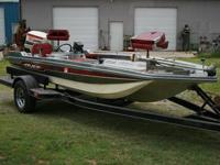 1977 Master Craft Cajun Bass Boat, 85 Horse Johnson