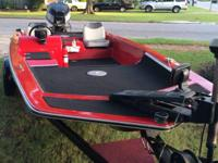 1984 glastream  1550 pro bass 85 hp Evinrude  2 live