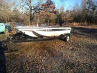 I have a 16' tri hull bass boat older but runs like a