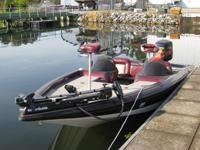 X2000 SPRINT DC Professional Bass Boat