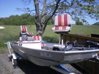 16 FT BASS BOAT WITH LIVE WELL 25 HP NISSAN MOTOR TWO