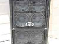 BASS Cabinet (Ampeg 8x10) Model: PR810H This thing is a