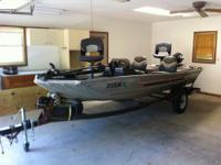 Aluminium, refurbished 16 foot boat has new flooring,