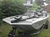 1997 Bass Tracker 18' boat. Included are the