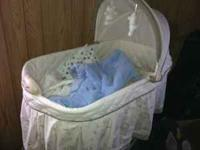 Bassinet was used for only a month before baby grew out