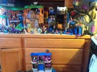 I have a couple of Batman Imaginext playsets. Most are