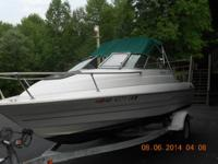 1999 Bayliner Cuddy Cabin - 18 ft . All devices, life