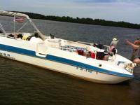 The 1995 Bayliner Rendezvous (model 2609) is this