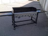 FOR SALE: USED COMMERCIAL GRADE BAKERS & CHEFS 8 BURNER