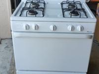 BBQ + Gas Stove for sale.Both in very good conditions,