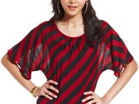 A lace panel at the back accents BCX's striped top with