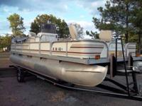 21' BEACHCOMBER  FISH & PLEASURE  OPEN FLOOR PLAN