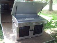 Beagle Box w / leading storage for little truck 36x36
