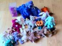 Seventeen cute Beanie Babies in excellent condition.