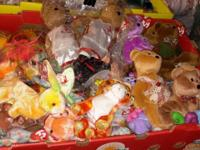 FOR SALE 1000's of beanie babies some PVC some PE I
