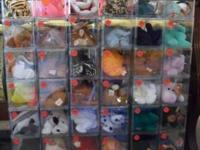 Over 400 Beanie Babies, all in mint condition with tag