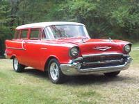 BEAUTIFULLY RESTORED CLASSIC 1957 CHEVY 2-DOOR 150
