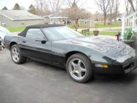 BEAUTIFUL CONVERTIBLE CORVETTE 1990 HAVE OVER $20,000