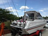 BEAUTIFUL 1992 FOUR WINNS 20FT CUDDY CABIN, SKI BOAT,