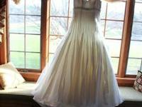 "David Tutera Couture 2013 Wedding Dress ""Gwyneth"" size"