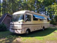 1995 Boundery. LOW MILES!! Everything works! Sleeps 6;