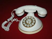 Im selling a classy and gorgeous telephone which has a